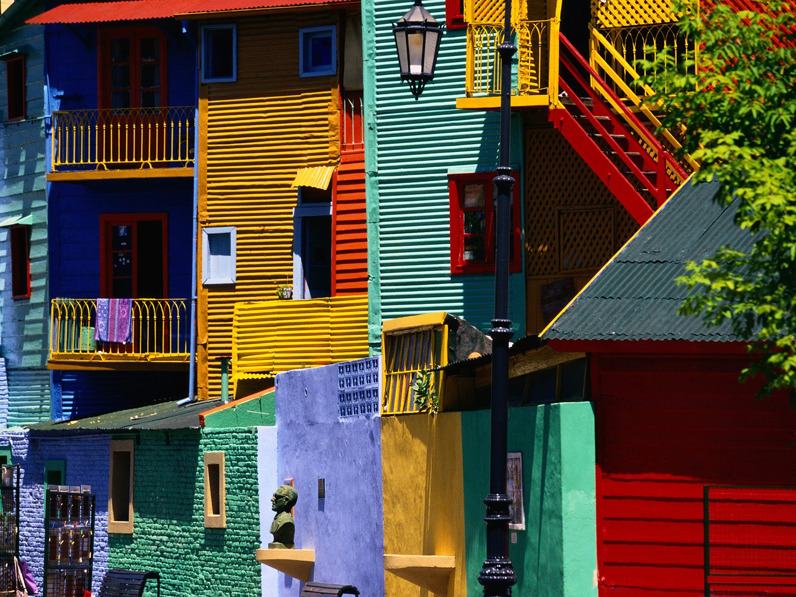 colorful_houses_buenos_aires_argentina_wallpaper-normal