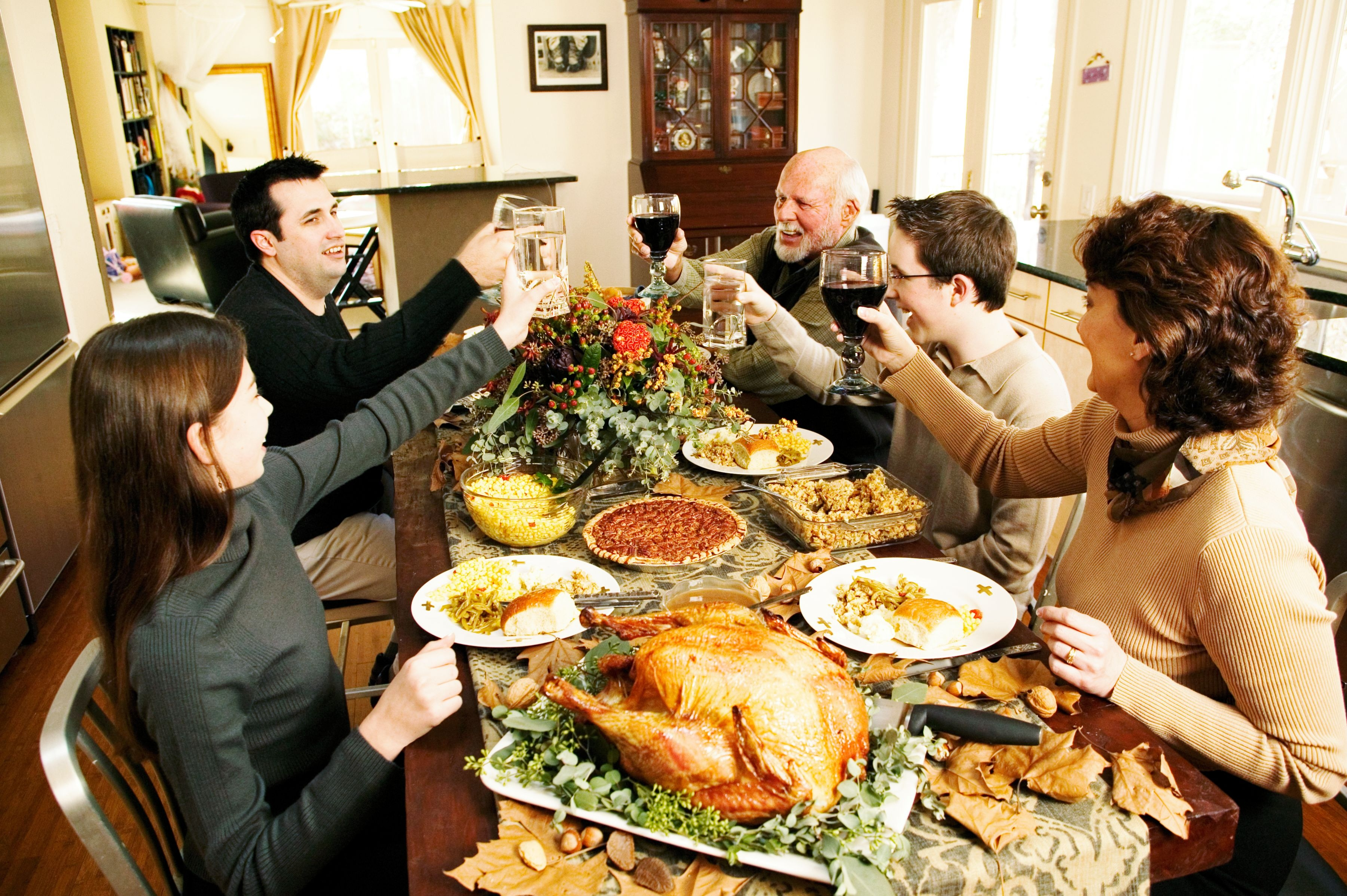 Thanksgiving - The feast of Fall, Family and Food