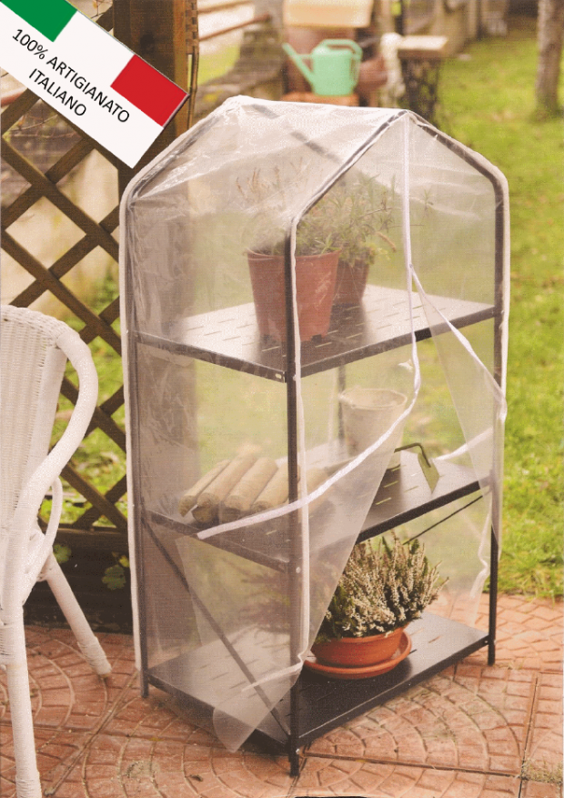 Greenhouse-for-balcony